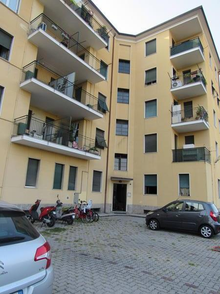 Cesano Maderno (MB) Via Calabria 16