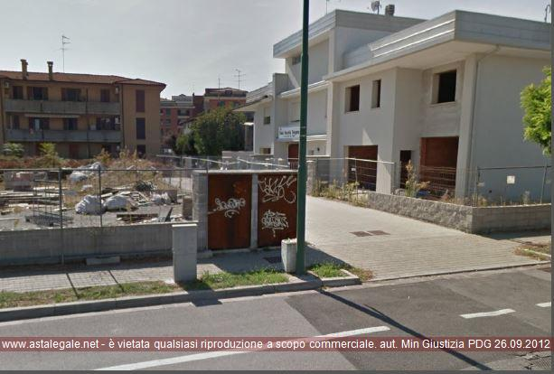 Cremona (CR) Via Angolo via Vecchia Dogana e via Mons. Natale Mosconi
