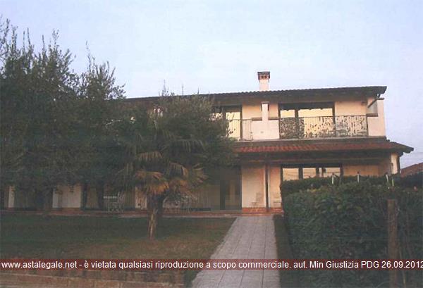 Cavaion Veronese (VR) Localita' Alpi, Via Alpi 3