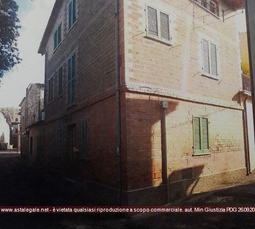 Deruta (PG) Frazione Castelleone - Via della Quercia