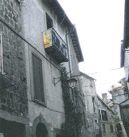 Bagnaia (VT) Frazione di Viterbo - Via Cardinal Ragonesi 21