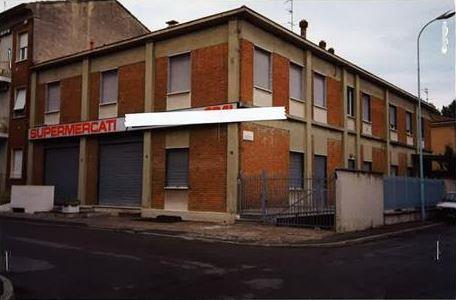 Piacenza (PC) Via Massari, angolo via Balestrazzi 12-14-16