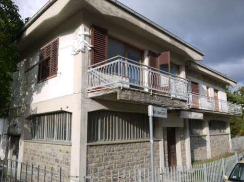 Firenzuola (FI) Via della Ca' Rossa 12