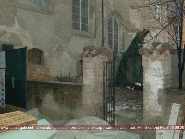 Piacenza (PC) Via Taverna, angolo via San Bernardo 48