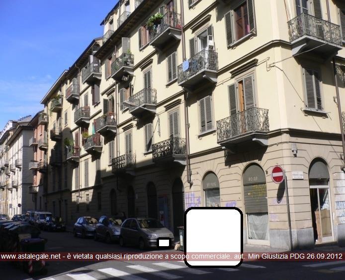 Torino (TO) Via LA SALLE SAN GIOVANNI BATTISTA 10  con accesso dalla Scala A