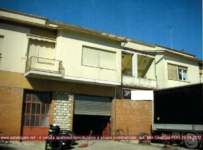 Umbertide (PG) Strada Statale Tiberina 3 bis 185/186