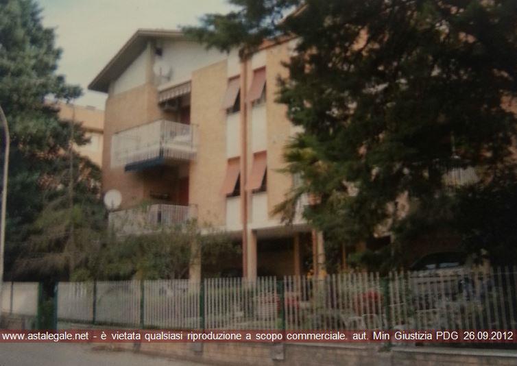 Foligno (PG) Via Siena 5
