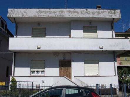Civitanova Marche (MC) Via ANTONIO FOGAZZARO 7