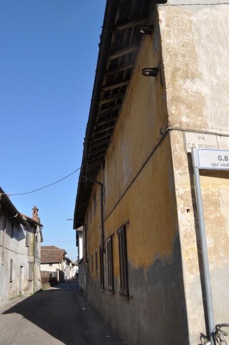 Tromello (PV) Via Perotti 24