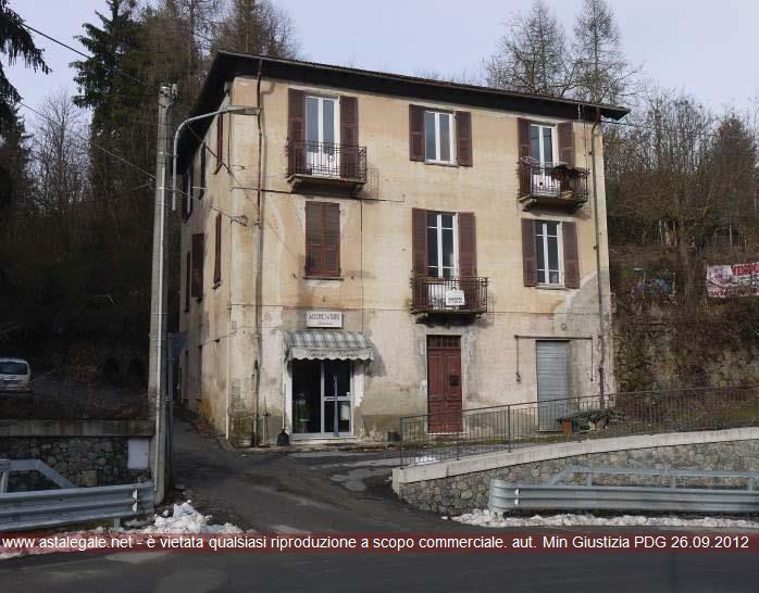 Roccavignale (SV) Frazione Valzemola - Via Roma 38