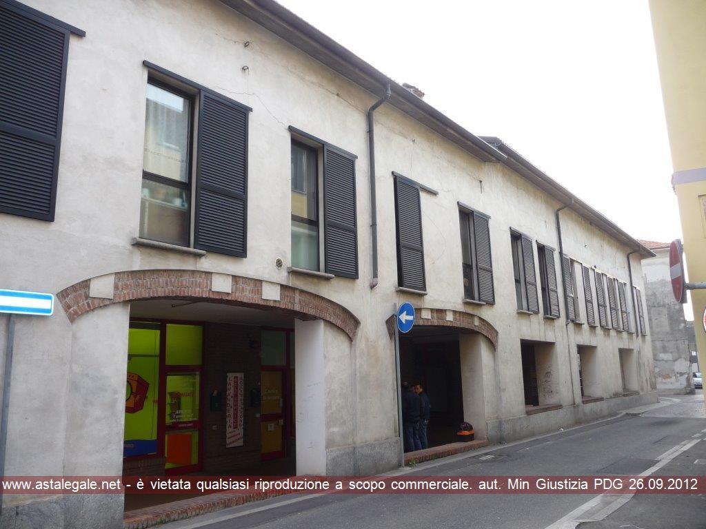 Cesano Maderno (MB) Frazione Binzago - via Manzoni 8