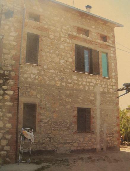Perugia (PG) Localita' Santa Sabina, Via E. Vittorini 4