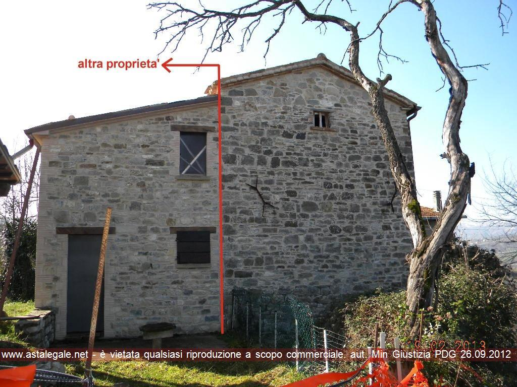 Pennabilli (PU) Via Ville-Strada per Villa Maindi 2