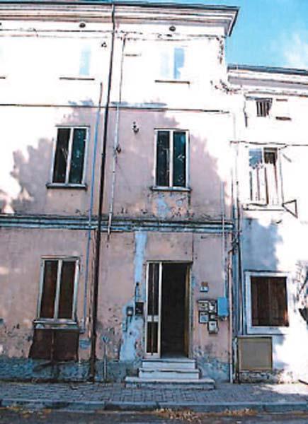 Zimella (VR) Piazza  Don Umberto della Valle  5
