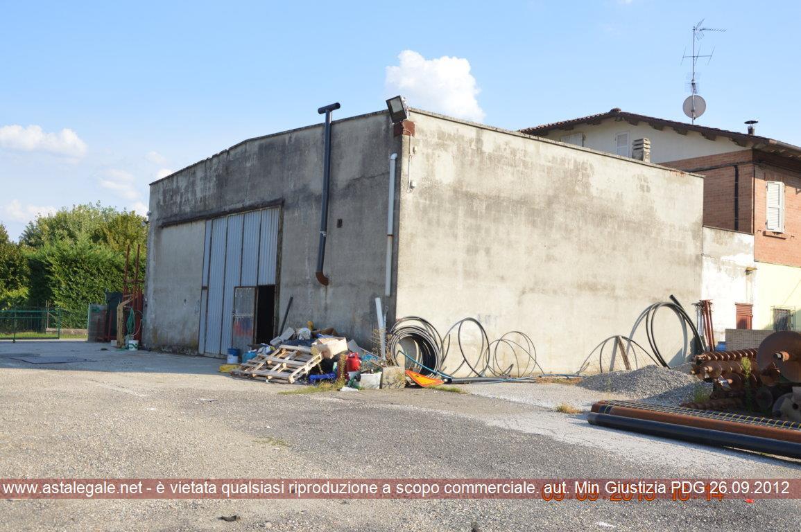 Colorno (PR) Via Lungolorno n. 2/a e Via Filippina n. 28
