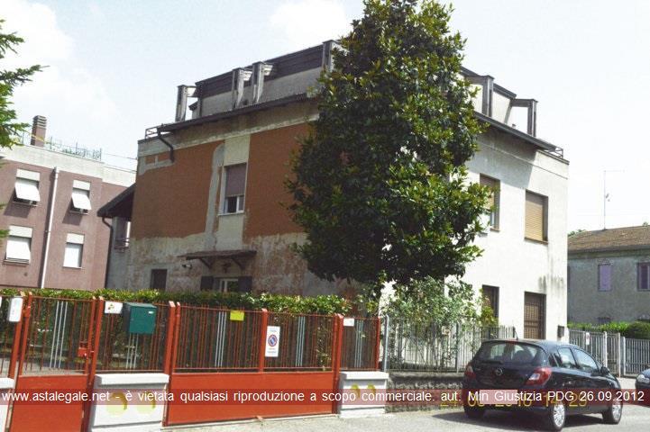 Parma (PR) Strada del Paullo 3