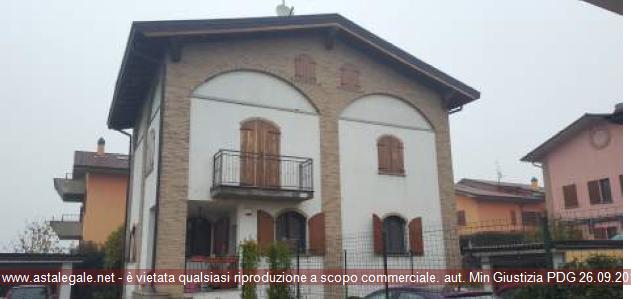 Zelo Buon Persico (LO) Frazione Mignete - Via Lodi 2/D