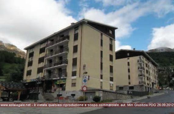Torgnon (AO) Piazza Frutaz 16