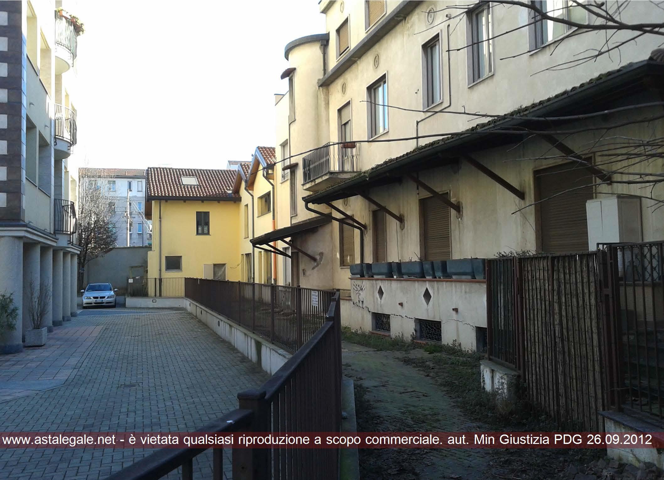 Sesto San Giovanni (MI) Via Adua 2