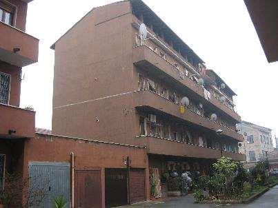 Paderno Dugnano (MI) Quartiere Villaggio - Via Tripoli 56