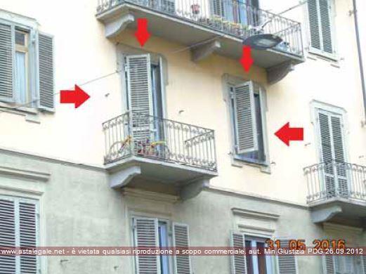 Torino (TO) Via Belmonte 8 angolo via Chatillon