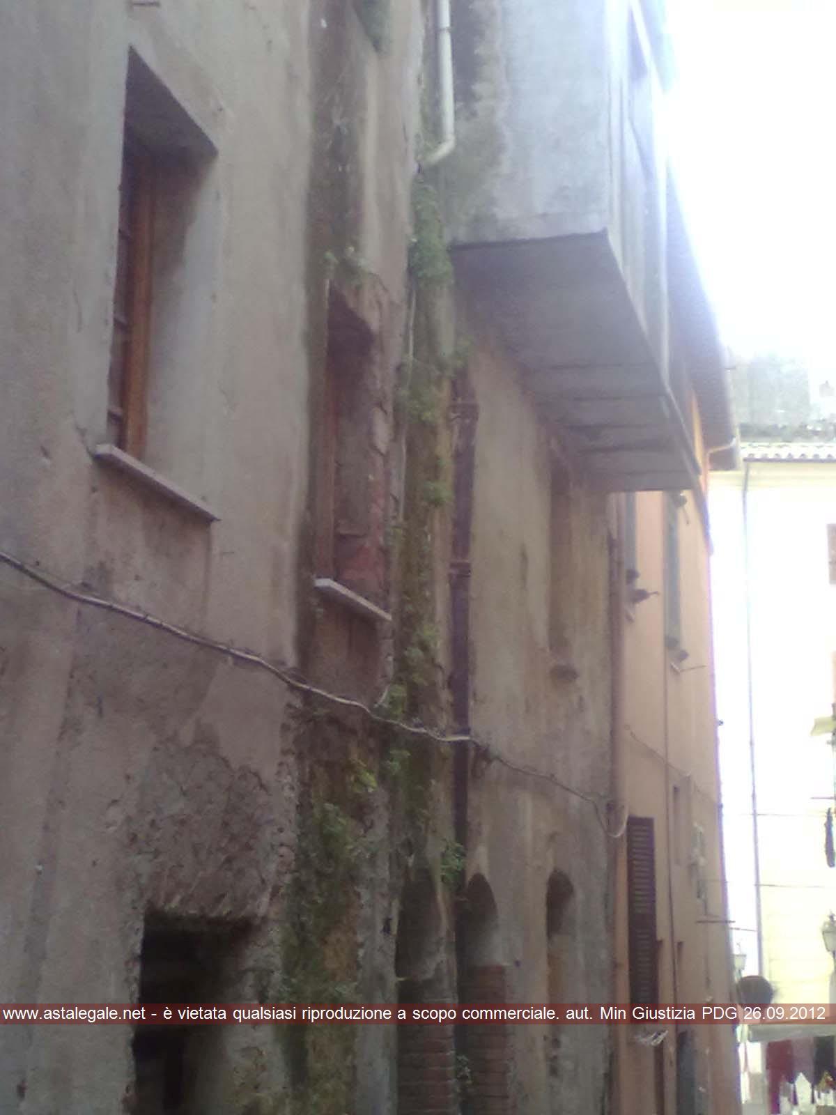 Canino (VT) Via Cialdini 13