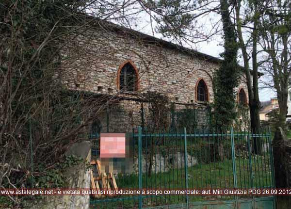 Caprino Veronese (VR) Frazione Spiazzi, Via Centro