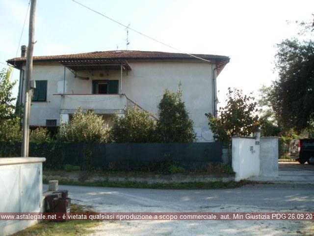 Fucecchio (FI) Frazione Le Botteghe - Via Porto Pescatori  1