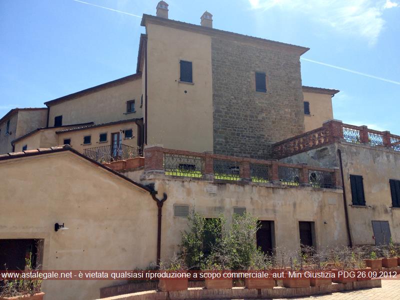 Sinalunga (SI) Frazione Scrofiano - Piazza Biagio Bartalini 16/18