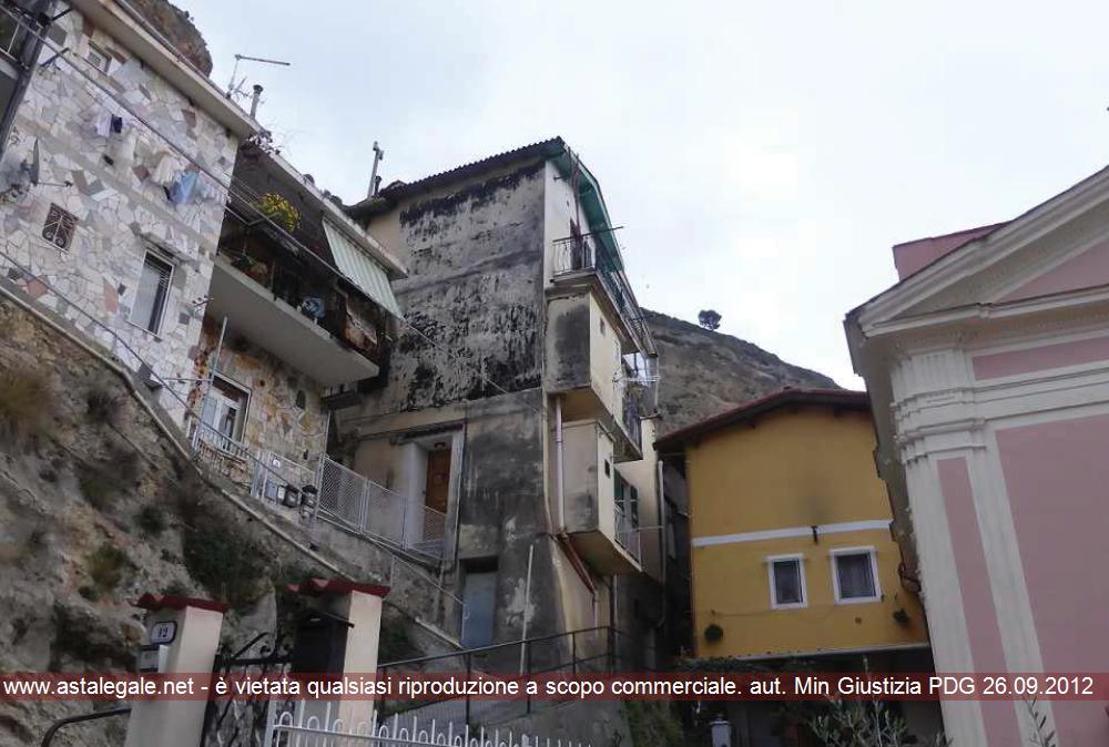 Ventimiglia (IM) Frazione Roverino - Via della Chiesa 5