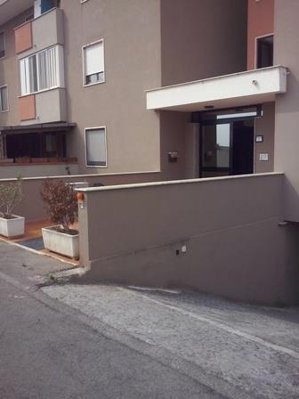 Brindisi (BR) Via Torpediniera Centauro 17/C scala H, quartiere Materdomini