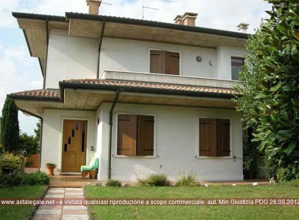 Roverchiara (VR) Frazione Roverchiaretta, Via Porto 27