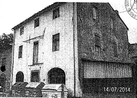 Coreglia Antelminelli (LU) Frazione Ghivizzano -  Via Nazionale  23 - 25 - 27
