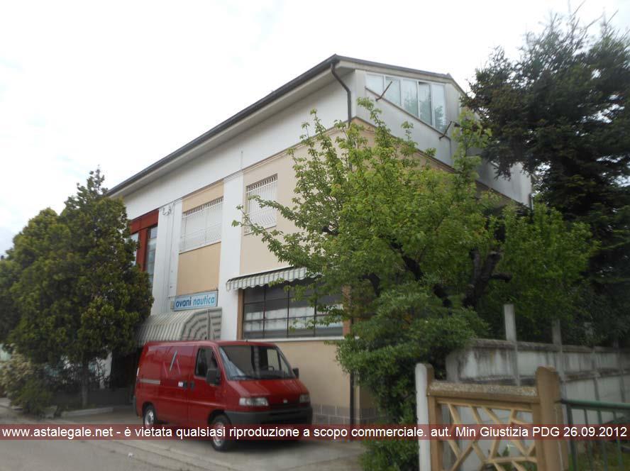 Pesaro (PU) Via Urbania 29