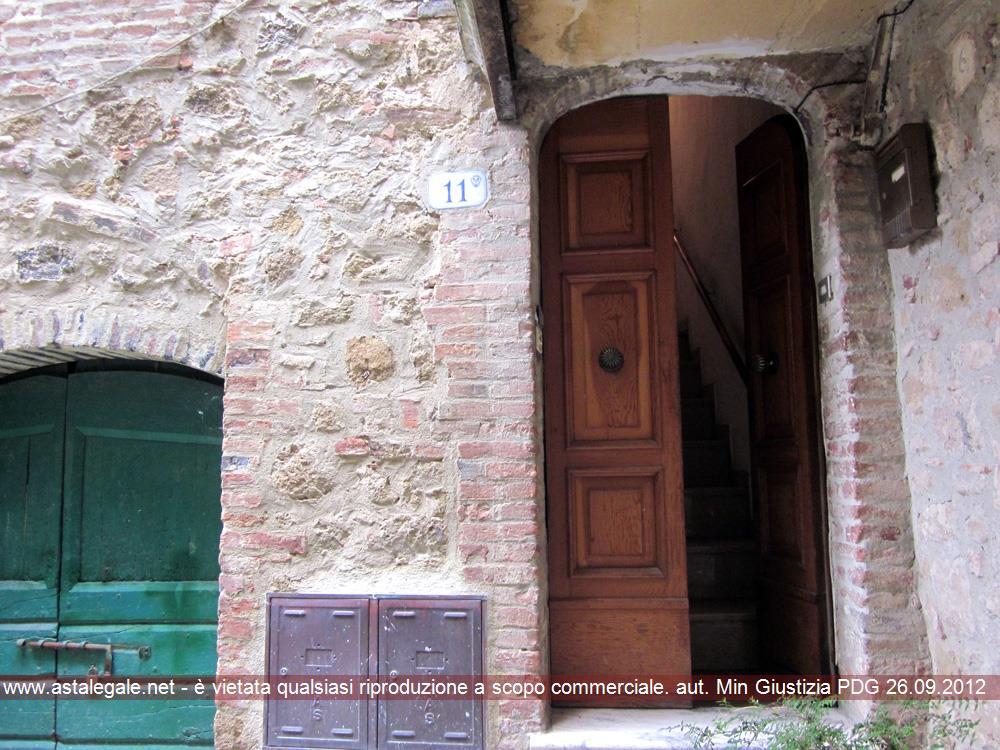 Trequanda (SI) Frazione Castelmuzio, Vicolo di Castel Mozzo 11-13